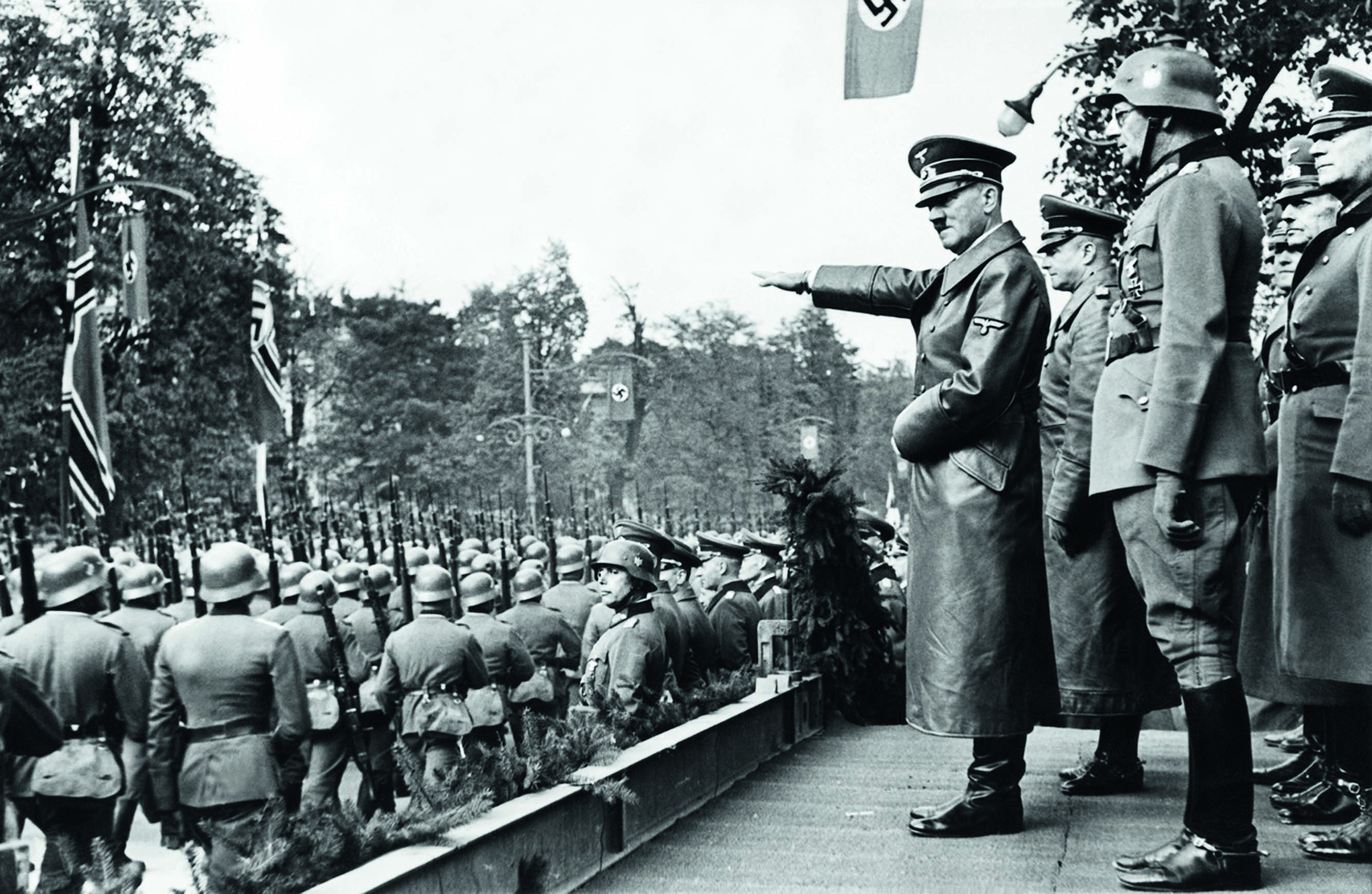 Hitler salutes Wehrmacht in Warsaw Oct 5 1939 1