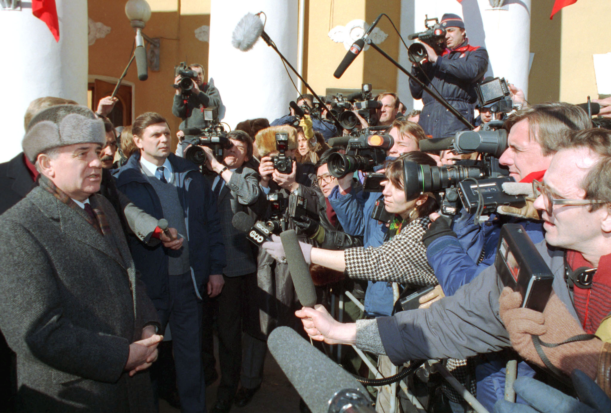 President of Soviet Union Mikhail Gorbachev to give interview after referendum, 1991